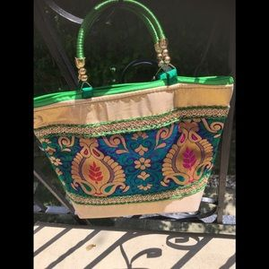 🌻India/Oriental gold/green designed bag